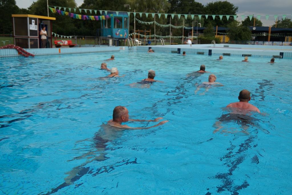 Kinderfeestje zwembad de waterman for Zwembad spelletjes