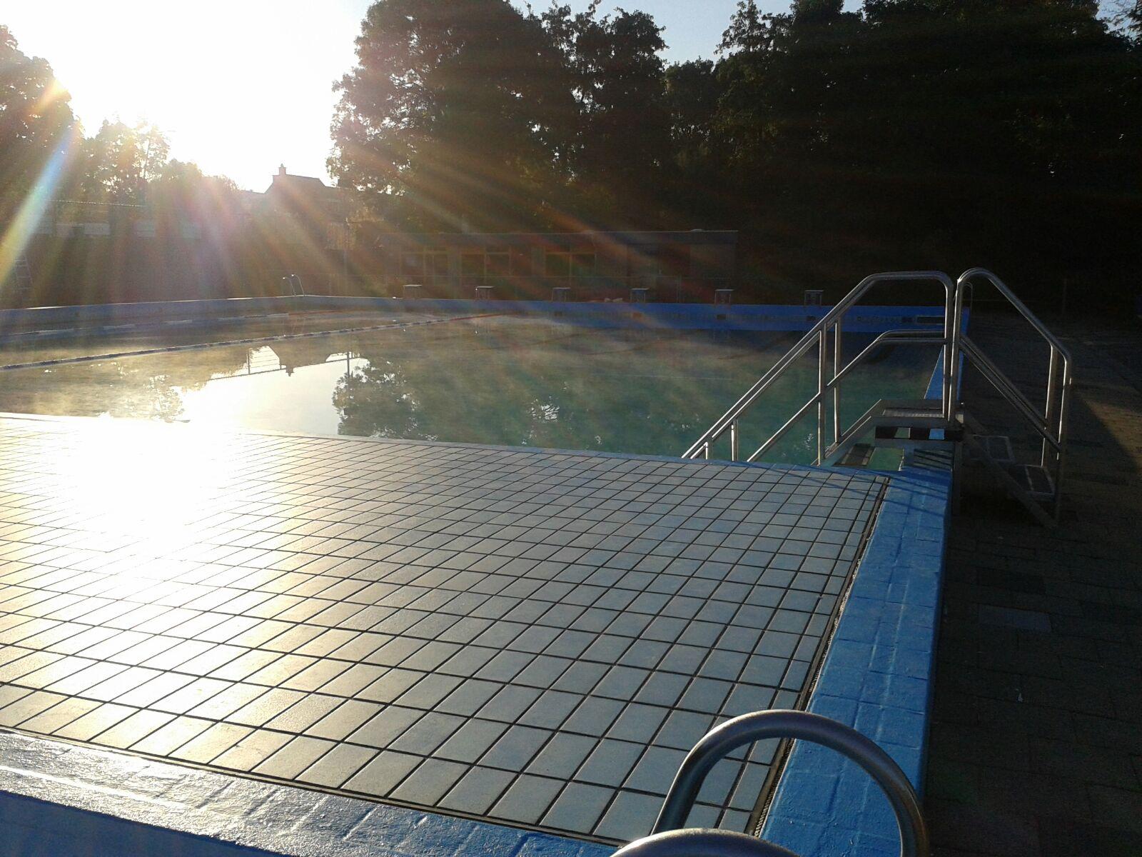 Zwembad de waterman openluchtzwembad in wateringen
